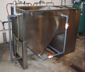 oil water separator for auto body shop