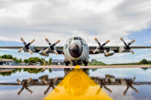c-130-wash-bay-system.jpg