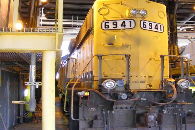 locomotive-640x427.jpg